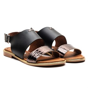 MORE Black Vaketa Sandals