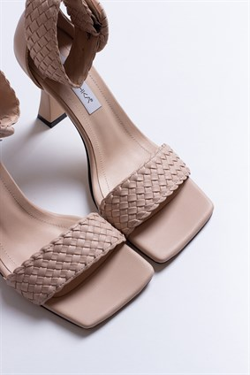 PENELOPE Nude Hand Made Sandals